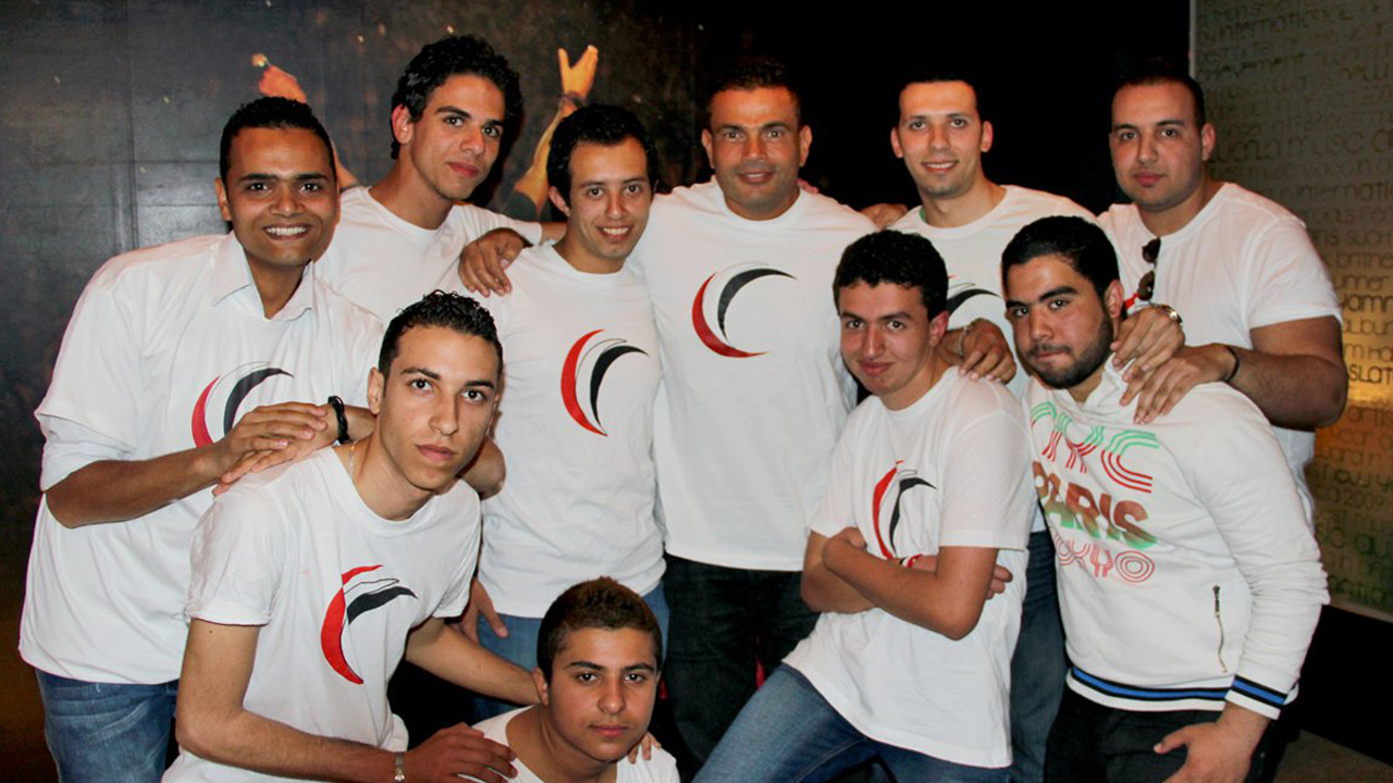 Amr Diab meets with masry begad fans